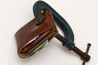 Abengoa comunica a sus empleados que no tiene liquidez para pagar las nóminas de febrero