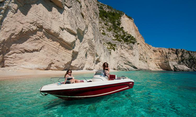 Rent a private boat without a skipper for 1-6 persons!