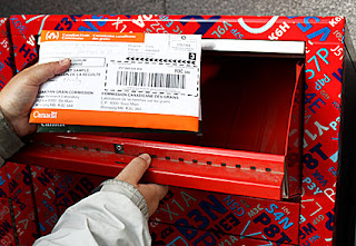 Mailing a package in a Canada Post mailbox