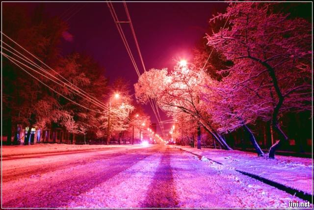 Trời đêm đông lạnh lẽo