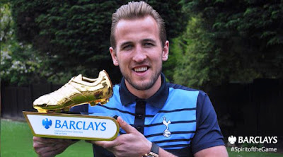 Photo: Harry Kane Poses With EPL Golden Boot