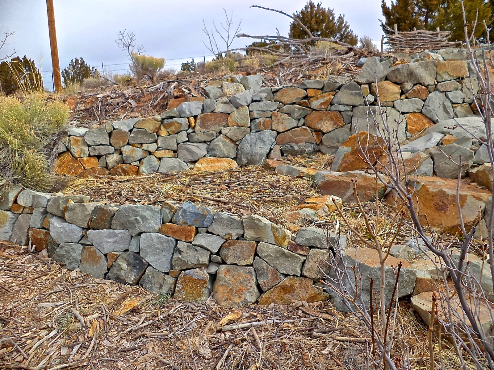 Building A Stone Wall : Alt build tips on building a dry stack stone wall