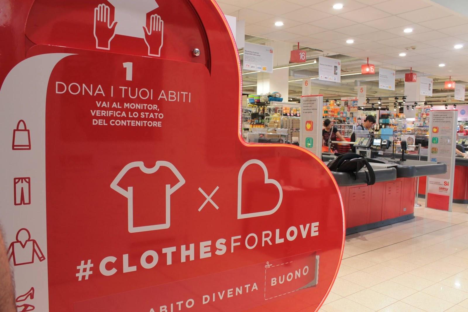 Contenitore abiti usati Humana - Clothes For Love- Fonte facebook 4bbf78019d6