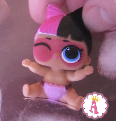 Кукла ЛОЛ Сюрприз Lil Snuggle Babe в холодной воде