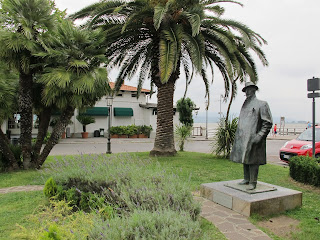 Puccini restored a house at Torre del Lago as a family home
