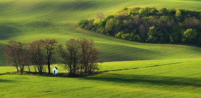 من أجمل الأماكن الطبيعية بالعالم :- منطقة مورافيا التشيكية 0_8535d_6022eb5d_ori