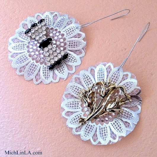 Easy Vintage Brooch Ornaments
