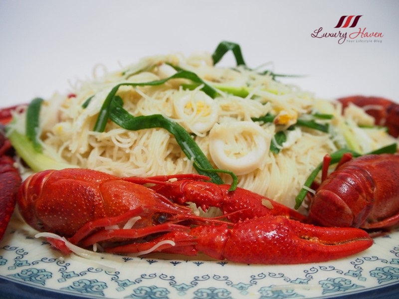 stir fried bee hoon with baby lobsters recipe