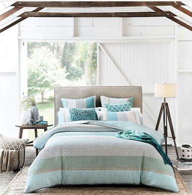 Estilista de interiores; conseguir un estilismo de cama cómodo y relajado