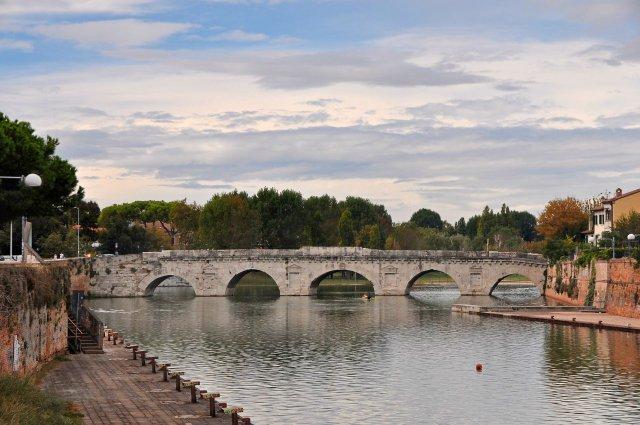 rimini-ponte-di-tiberio-herbert-frank-poracci-in-viaggio