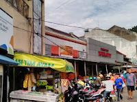 Kawasan Cihapit, Kawasan Pasar Loak, Dulunya Kompleks Perumahan untuk Pegawai Negeri