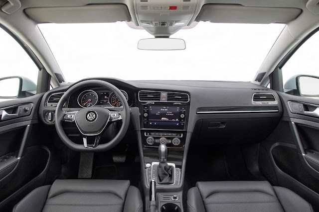 VW Golf 2018 Comfortline - interior