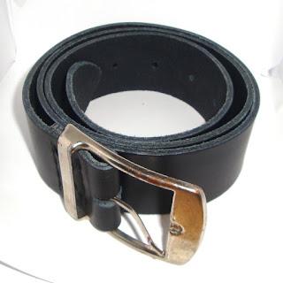 Rénovation vieille ceinture en cuir : vue globale de la nouvelle
