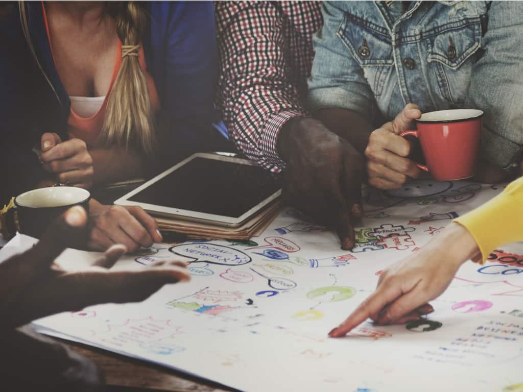 60 frases de creatividad sobre cómo expresar tu verdadero yo