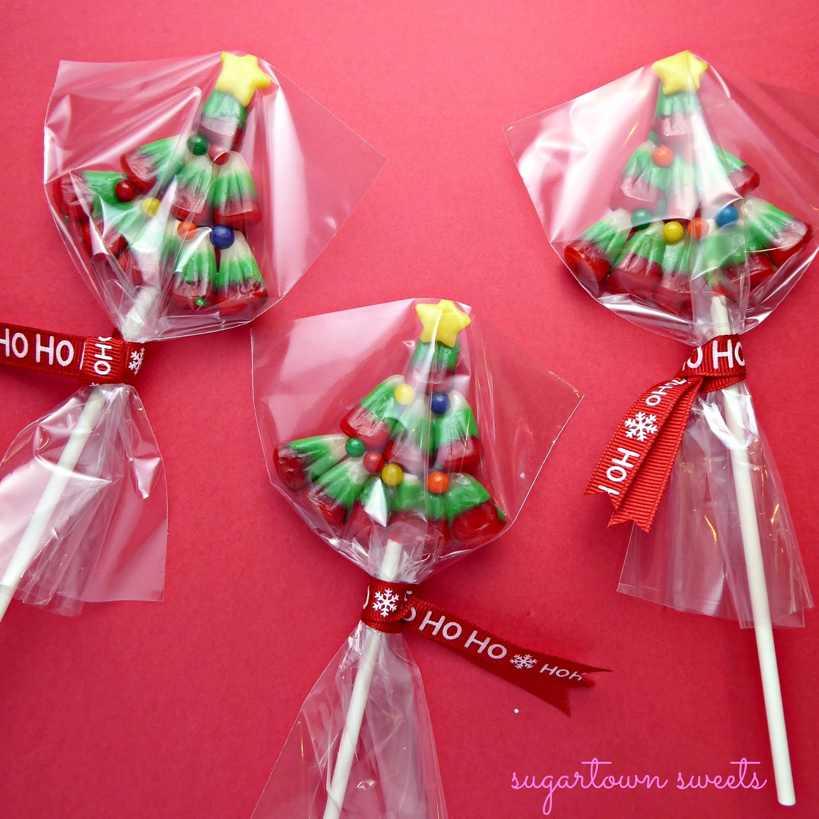 Sugartown Sweets: Candy Corn Christmas Tree Pops!