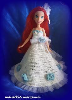 Powrót szydełka czyli sukienki dla Arielki.