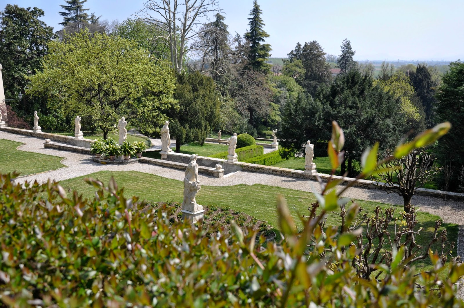 A view of the park of Villa da Schio, Costozza