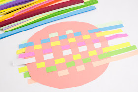 super cute and colorful woven paper turtle kid art and craft project!
