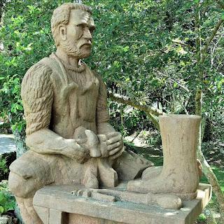 Schuhmacher ou Schuster (Sapateiro) (Detalhe), Profissões dos Imigrantes Alemães no Parque Pedras do Silêncio, Nova Petrópolis