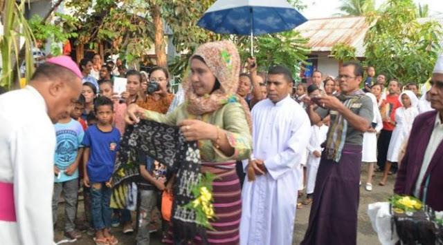 Grup Kasidah Muslim Tampil di Acara Penerimaan Sakramen Katolik