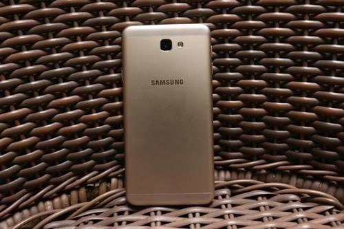 Galaxy J7 Metal e J7 Prime têm bateria de 3.300 mAh