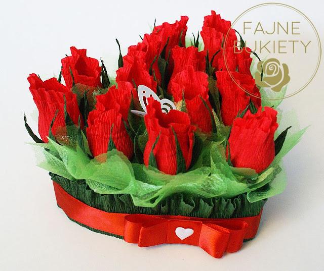 słodki flowerbox w kształcie serca