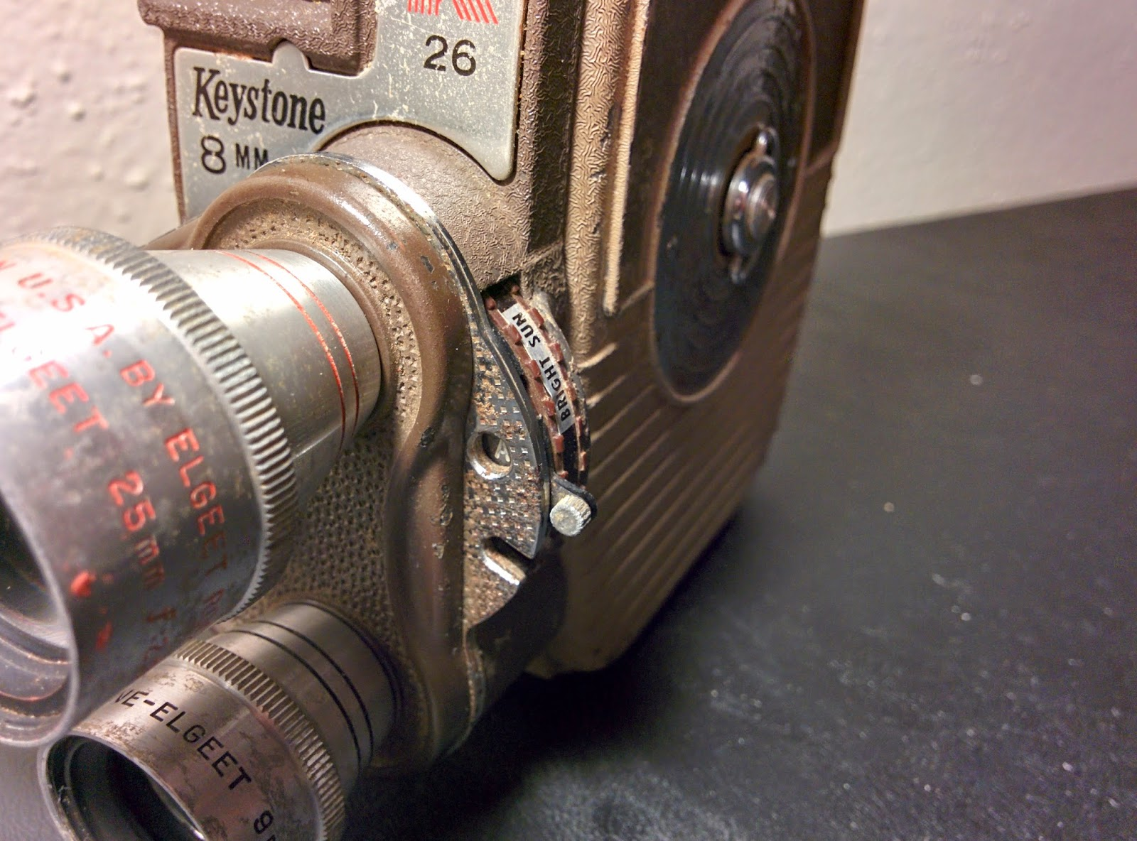 Retro Tech!: 1958: Keystone K26 8mm Camera