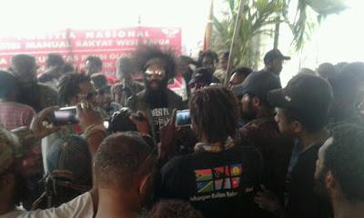 KNPB Bersama Rakyat Papua Merayakan Kemenangannya atas Petisi West Papua Tiba di C24 PBB