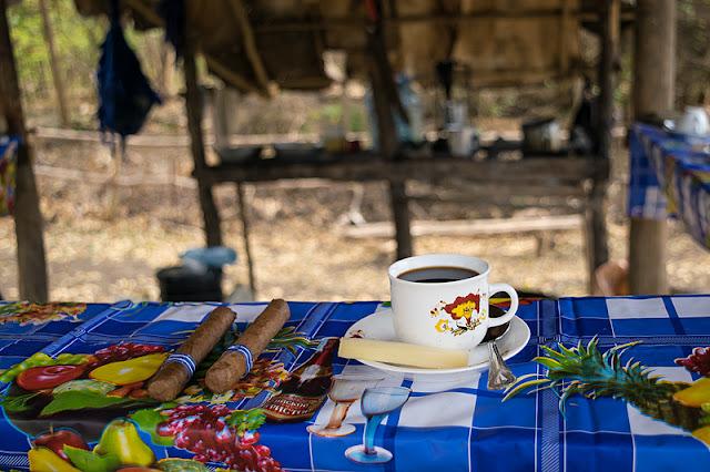 Dégustation du café d'un petit producteur local à Trinidad (Cuba)