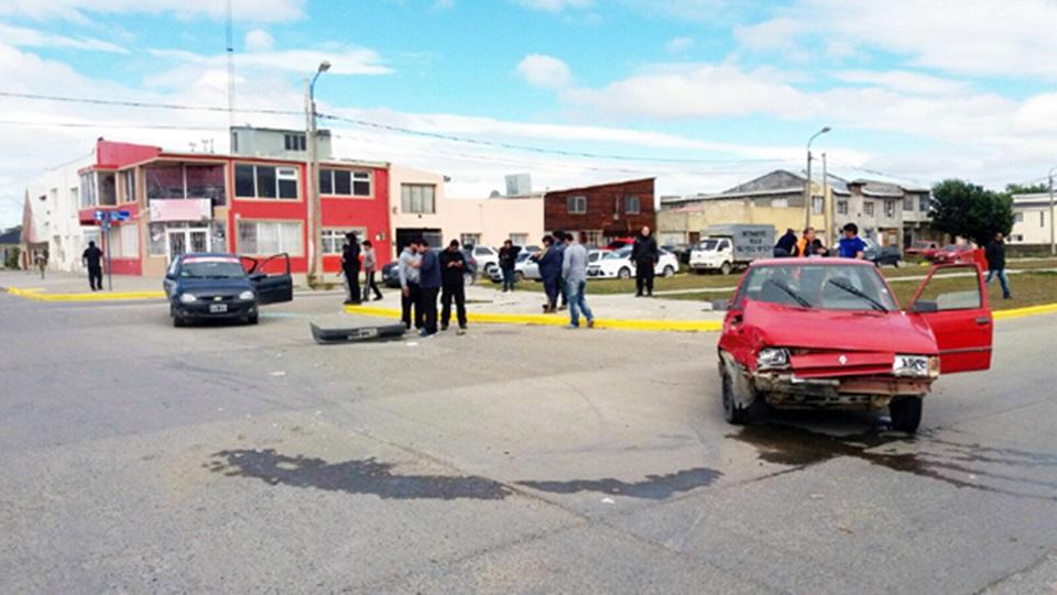 Dos choques con cuatro mujeres lesionadas