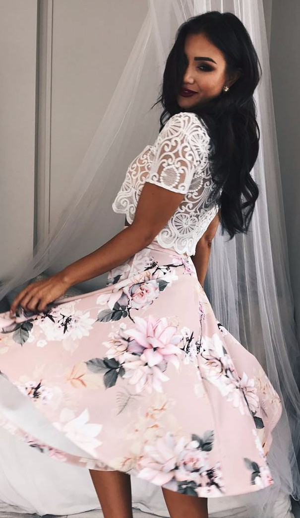 lace crop top + floral skirt / office attire