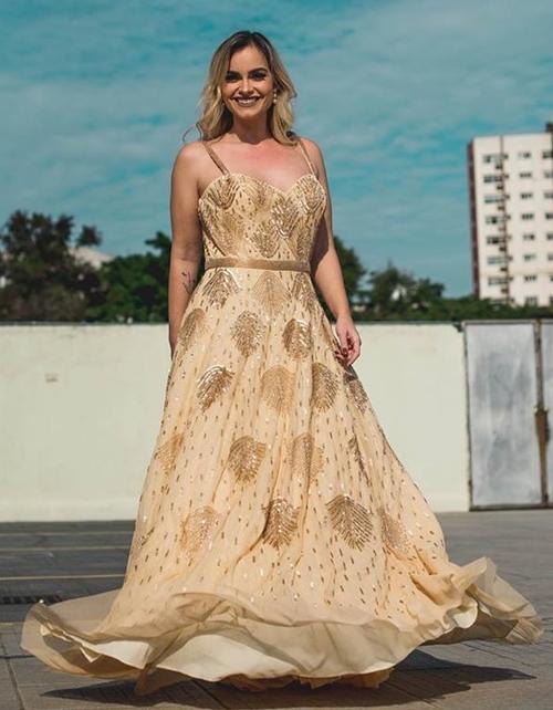 vestido dourado madrinha