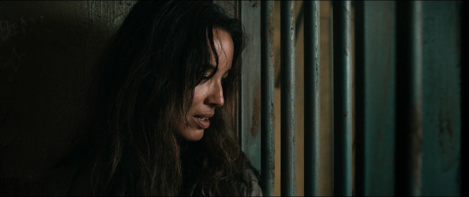 Revolt (2017) BRRip 1080p Latino-Ingles captura 1