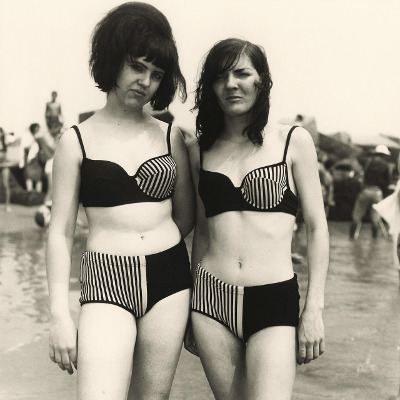 http://joeinct.tumblr.com/post/161299501432/two-girls-in-matching-bathing-suits-coney-island