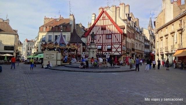 Plaza Francois Rude, Dijon, Borgoña, Francia