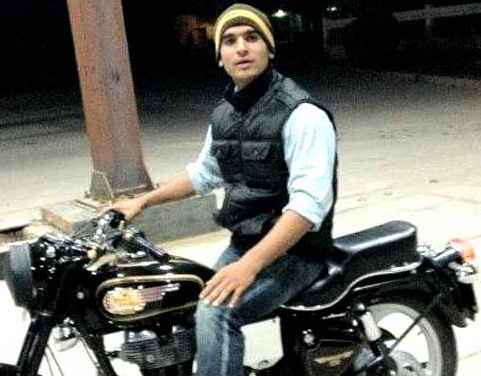 CAPTAIN PAWAN KUMAR INDIAN SOLDIER KILLED IN PAMPORE SRINAGAR TERRORIST ATTACK