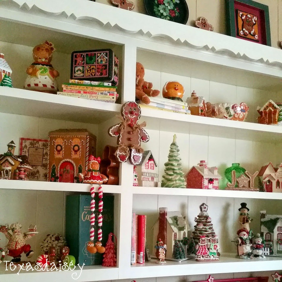 A Howard House Christmas Tour of A Gingerbread Kitchen 18