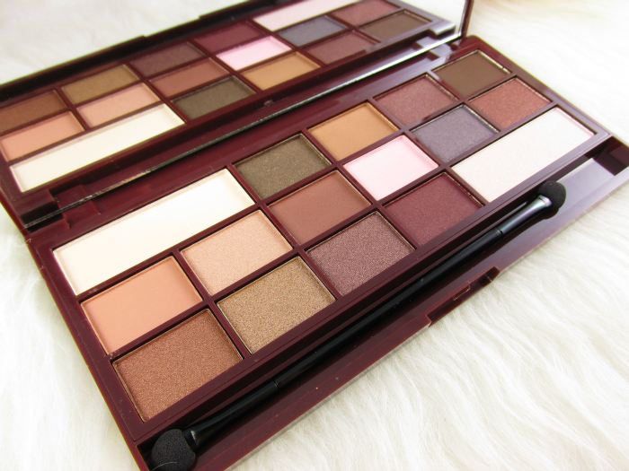 Swatches & Review: I Heart Makeup - I Heart Chocolate Eyeshadow Palette