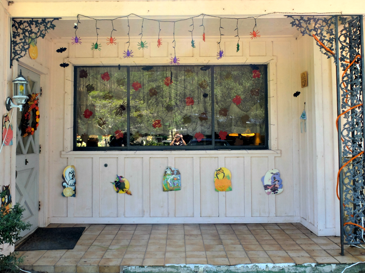 Sweet Turtle Soup: Halloween Home Tour