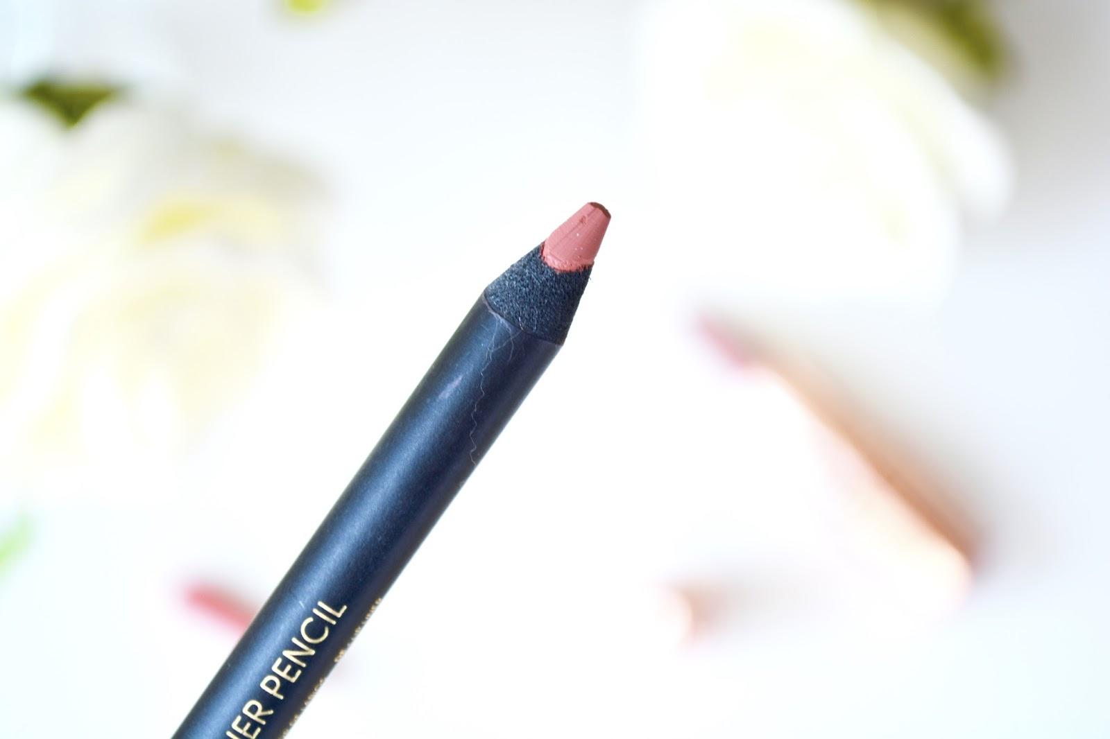 Makeup, Nude Lip, Nude Lipstick, Primark, Primark Nude Lip Liner, Makeup Revolution, Makeup Revolution Rose Gold Lipsticks, Makeup Revolution Cashmere Lipstick