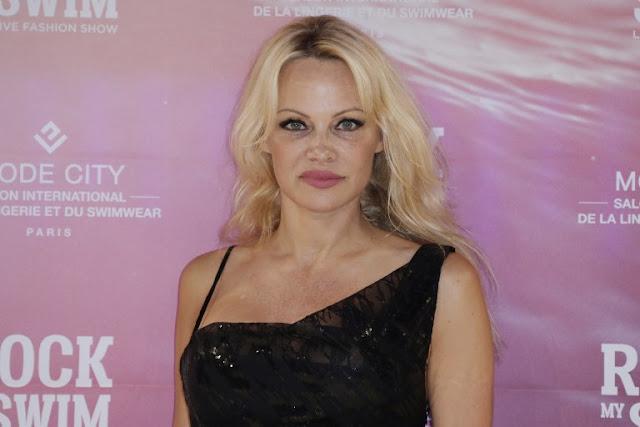 Artis Seksi Pamela Anderson Tuding Mantan Suami Sakit Jiwa