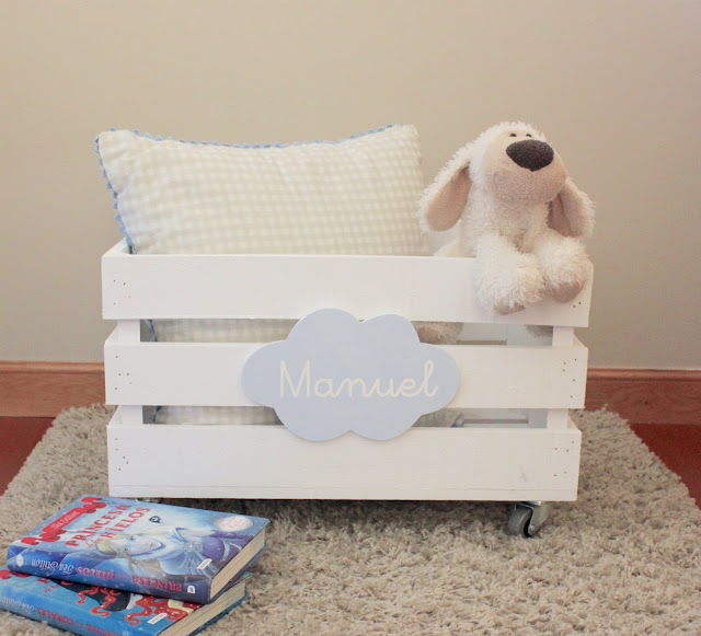 juguetero-infantil-madera-caja-con-ruedas-personalizado
