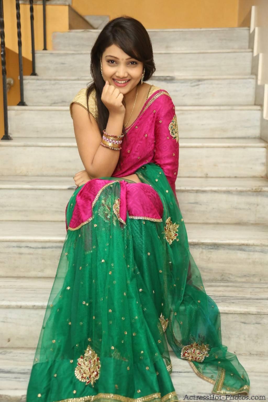 Telugu Actress Priyanka Sexy Stills In Pink Saree - South -5442