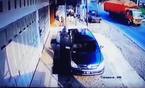 Beredar Foto dan Video Tanpa Sensor Korban Kecelakaan Truk Tronton di Bumiayu, Brebes di Youtube dan Whatsapp