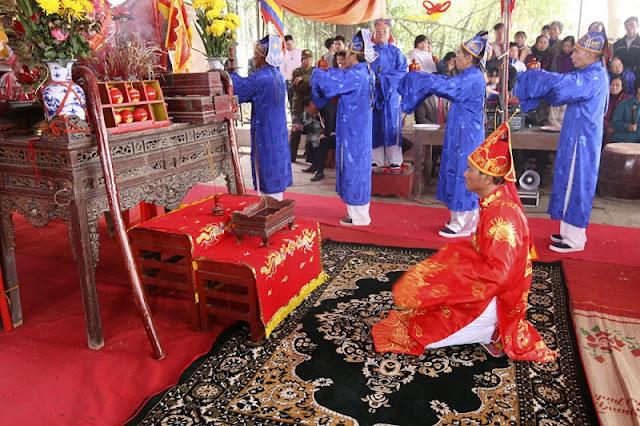 Phet Hien Quan festival in Phu Tho province 2