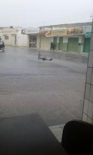 Chuva volta cair com maior intensidade e moradores de Cuité e Nova Floresta comemoram