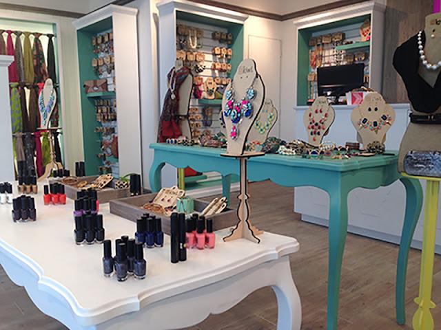 Boutique Interior Design: Make a Great Shop Ever! Boutique Interior Design: Make a Great Shop Ever! 97497db6f0964698a3d7e6c3bbd782ff