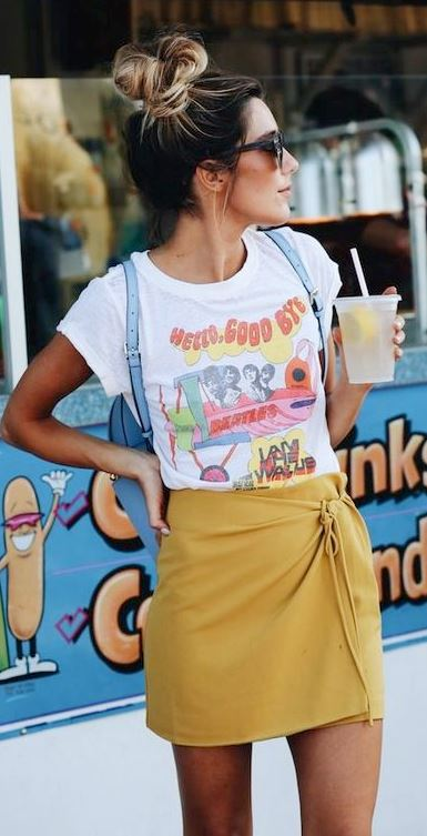 15 COOL WAYS TO WEAR A GRAPHIC TEE THIS SUMMER