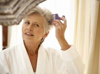 Belum Tua Tapi Rambut Sudah Memutih, Mungkin Gen Ini Penyebabnya