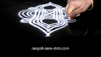 rangoli-with-lines-for-Navratri-25ab.jpg